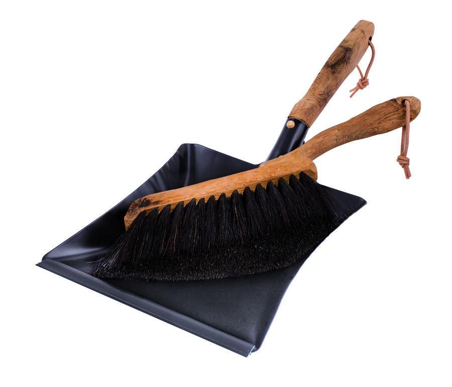 Dust Pan and Brush vintage set - Oak